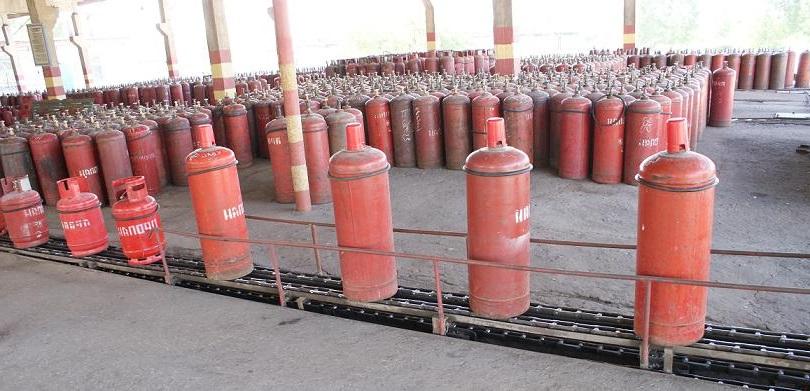 Конвейер для заправки газовых баллонов