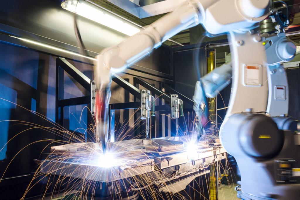автоматизированная сварка сварочными роботами