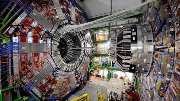 жидкий гелий применяется в большом адронном коллайдере