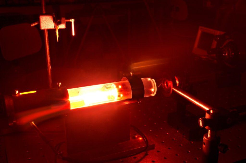 устройство газового лазера