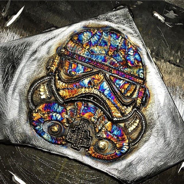 сварка разноцветными швами