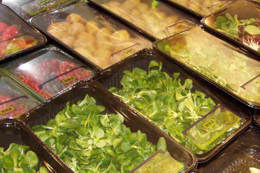 упаковка свежих овощей и фруктов